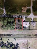 582 SE Hatcher St, Palm Bay, FL 32909