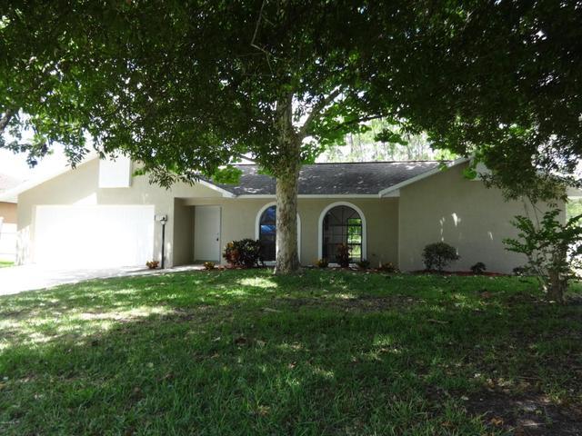 1024 NW Fairplay Ave, Palm Bay, FL 32907
