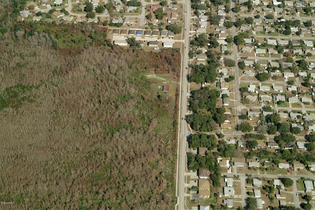 Barna Milton Avenue, Titusville, FL 32780