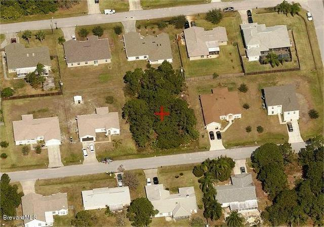1721 NW Anchorage St, Palm Bay, FL 32907