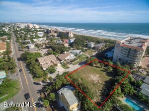 327 Wilson Avenue #403, Cocoa Beach, FL 32931