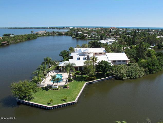 460 Ross Ave, Melbourne Beach, FL 32951