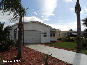 909 Barefoot Blvd, Barefoot Bay, FL 32976