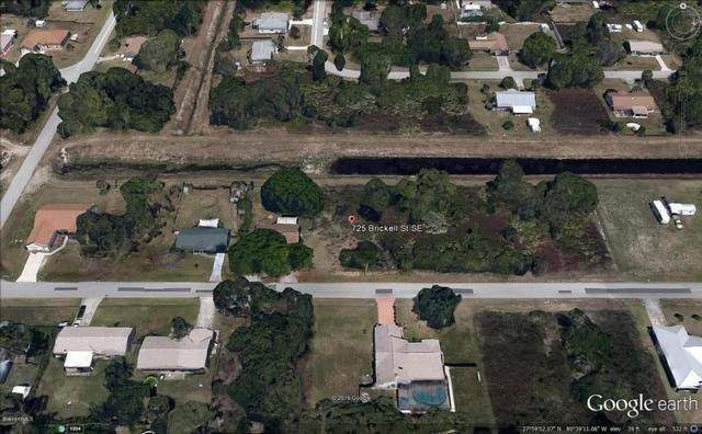 725 SE Brickell St, Palm Bay, FL 32909