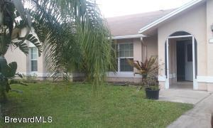 101 SE April Ct, Palm Bay, FL 32909