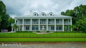 1530 Riverside Dr, Titusville, FL 32780