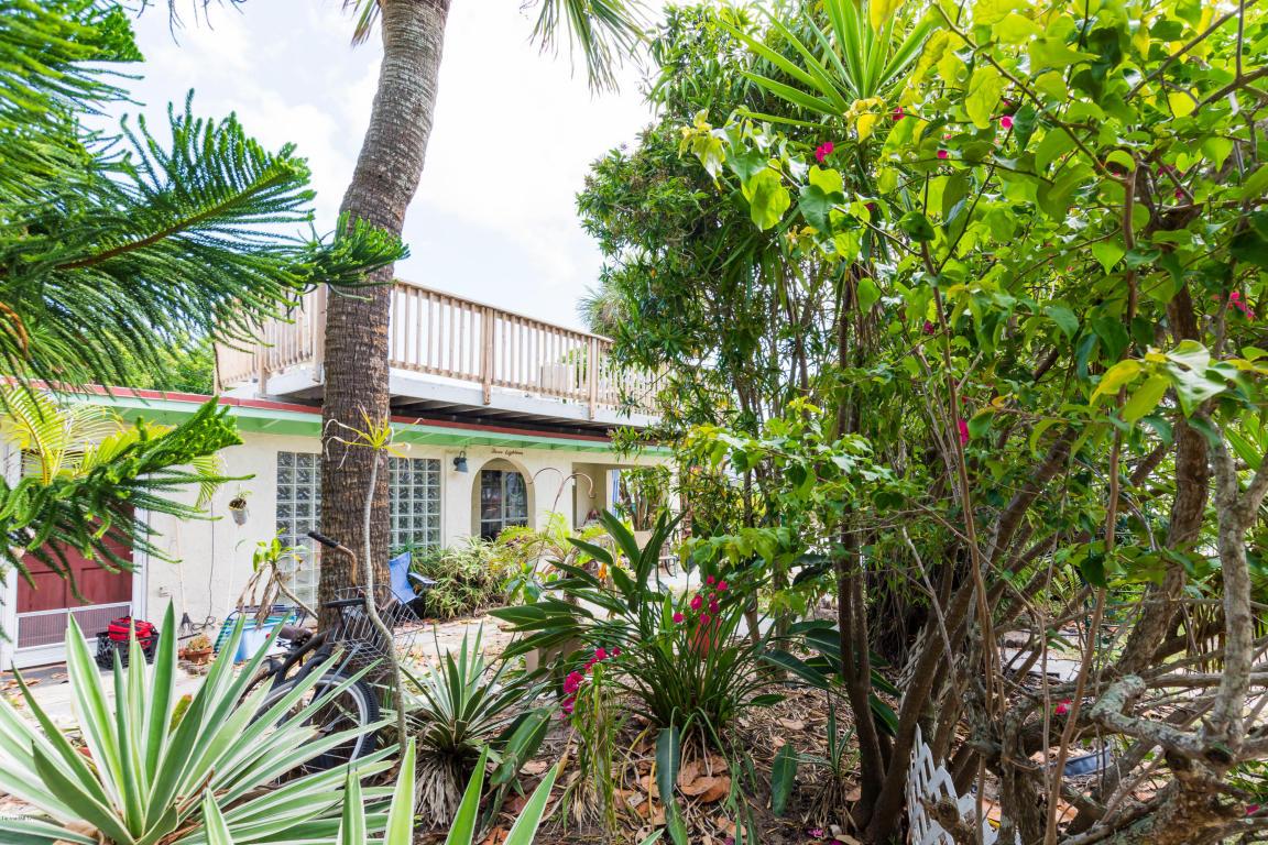 318 Azure Lane N, Cocoa Beach, FL 32931