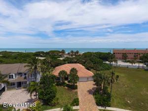 267 Loggerhead Dr, Melbourne Beach, FL 32951