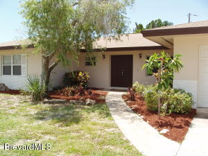 537 N Sonora Circle, Indialantic, FL 32903