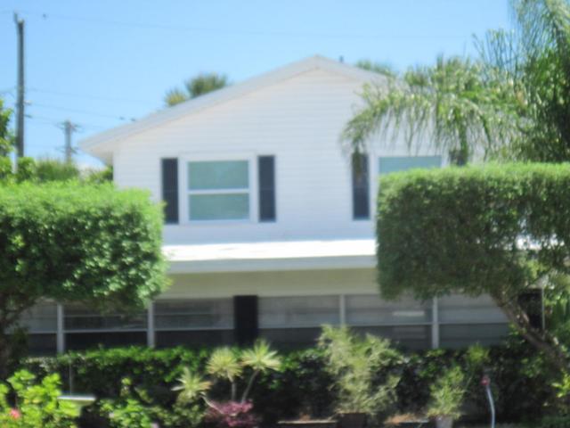 521 Jefferson Ave, Cape Canaveral, FL 32920