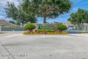 2172 Spring Creek Circle NE, Palm Bay, FL 32905