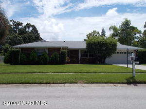 651 Dundee Circle, West Melbourne, FL 32904