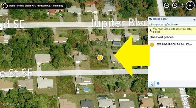 975 Eastlake St SE, Palm Bay, FL 32909