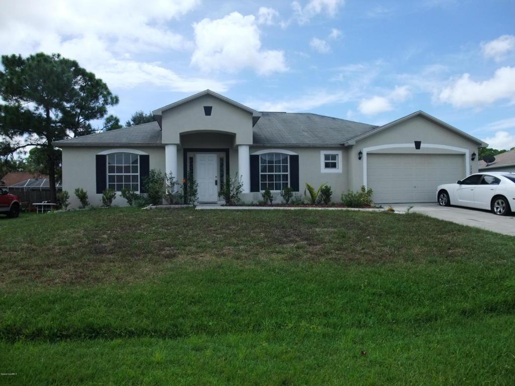 1349 Giralda Cir NW, Palm Bay, FL 32907