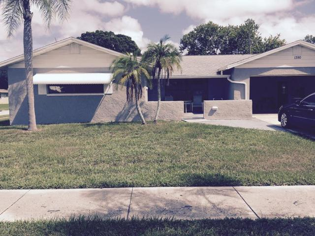 1390 Sarazen Dr, Rockledge, FL 32955