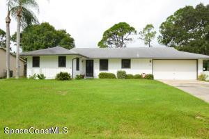 474 Conover Ave NE, Palm Bay, FL 32907