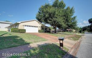 4260 Hemlock Ln, Titusville, FL 32780