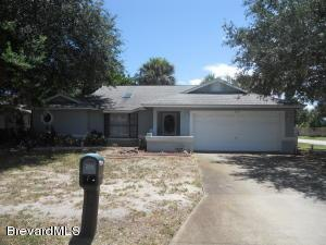 229 Chalet Ave, Indialantic, FL 32903