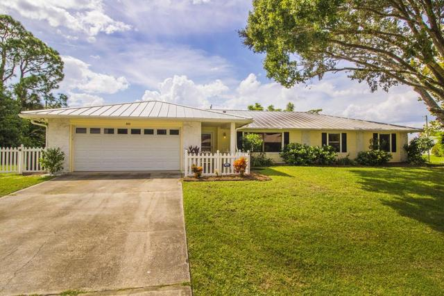 892 Remsen Ave NW, Palm Bay, FL 32907