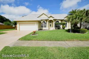 882 Hunters Creek Dr, West Melbourne, FL 32904