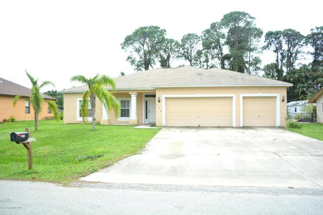 320 Crestview St NE, Palm Bay, FL 32907