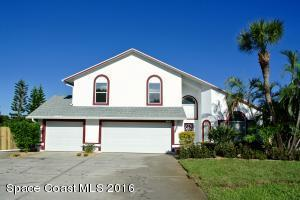 2410 Palm Lake Dr, Merritt Island, FL 32952