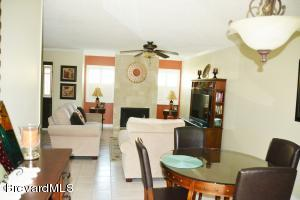 604 Cedar Side Circle NE, Palm Bay, FL 32905