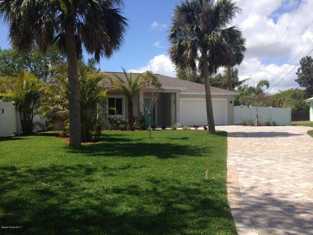1195 S Courtenay Pkwy, Merritt Island, FL 32952