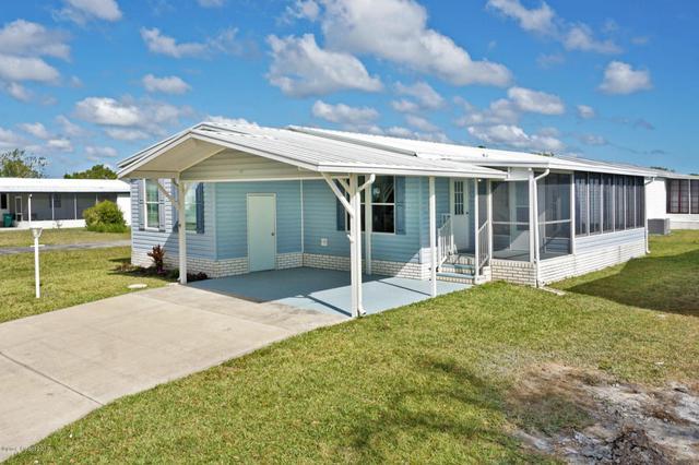 612 Puffin Dr, Barefoot Bay, FL 32976