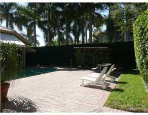 17050 SW 74 Ave, Miami FL 33157