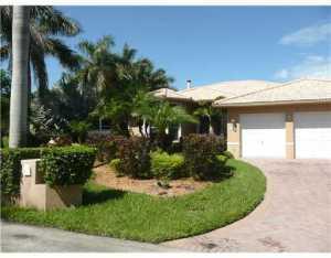 17050 SW 74 Ave, Miami, FL