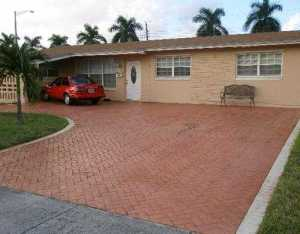 6901 SW 1st Ct, Hollywood FL 33023