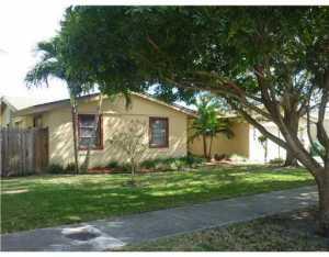 10305 SW 127 Ct, Miami FL 33186