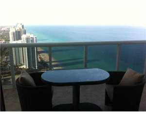 18201 Collins #ph5202, North Miami Beach, FL 33160