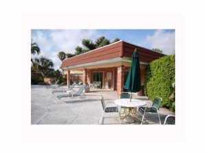 80 NE 20th Ct #APT 2-c Fort Lauderdale, FL 33305
