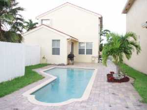 2160 NW 188th Ter, Hollywood FL 33029