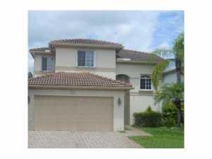 124 SW 206th Ave, Hollywood, FL