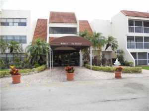 100 Lakeview Drive #315, Fort Lauderdale, FL 33326