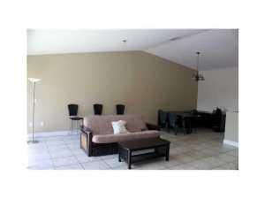 9001 SW 94 St #202, Miami, FL 33176