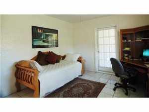 810 NE 88 St, Miami FL 33138