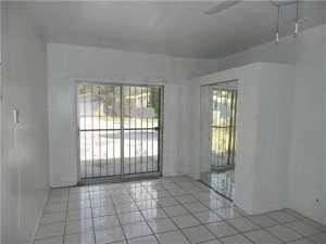 6350 SW 58 Pl, Miami FL 33143