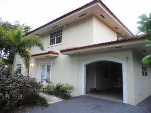 1102 Columbus Bl, Miami, FL 33134