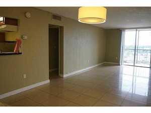 1251 NE 108 St #APT 815, Miami FL 33161