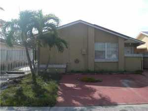 19234 SW 121 Ct, Miami FL 33177
