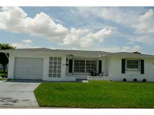 4934 NW 54th St, Fort Lauderdale, FL 33319