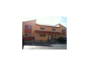 2875 W 76 St #APT 202, Hialeah, FL