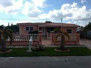 9420 SW 37 St, Miami, FL 33165