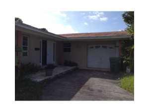 9810 SW 194 St, Miami, FL 33157