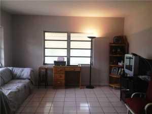 491 NW 59 Ave, Miami FL 33126