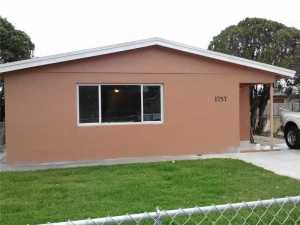 1757 NW 153 St Opa Locka, FL 33054